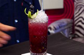 Virgin Caipiroska Blueberry - Cocktail House - Trentaduesima Puntata