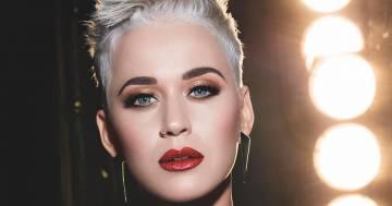 Katy Perry: la foto con il pancione spopola sul web