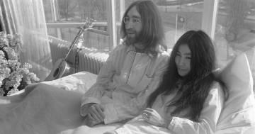 Lo scatto privato di John Lennon postato dal figlio