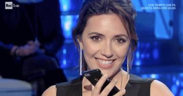 Serena Rossi ha ricevuto la proposta di matrimonio in diretta tv