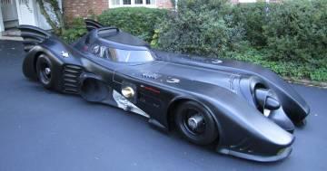 È in vendita una copia della Batmobile perfettamente funzionante