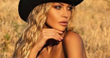 Taylor Mega: nuda su Instagram contro la violenza sulle donne