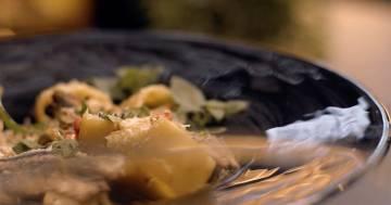 Anelli con alici, fave e pecorino - Kitchen Duel - Alessandro Borghese Kitchen Sound