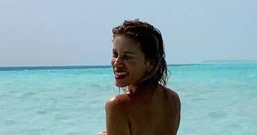Alessia Marcuzzi in topless: la foto al mare conquista tutti