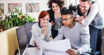 Essere contenti sul lavoro: Sandro Formica e la scienza della felicità
