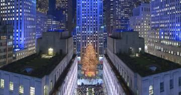 Hanno acceso l'albero di Natale del Rockefeller Center di New York: ecco il video della cerimonia