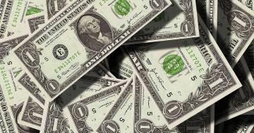 Azienda regala 10 milioni di dollari ai dipendenti per Natale