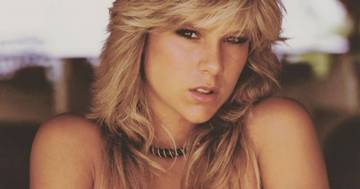 Samantha Fox in vacanza in Thailandia: ecco come è oggi l'icona degli anni '80