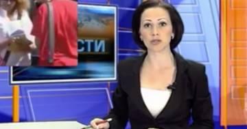 La conduttrice viene interrotta dalla figlia in diretta tv: 'Mamma, hai un messaggio'