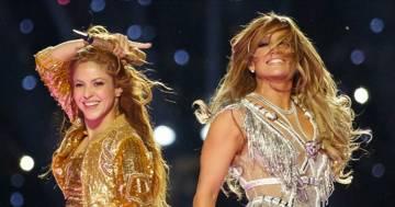 Super Bowl: lo spettacolo di Jennifer Lopez e Shakira è stato denunciato perché troppo sexy