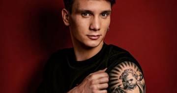 Manuel Bortuzzo mostra il suo nuovo tatuaggio ed è più forte di prima