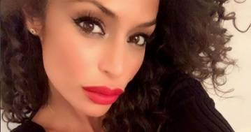 Raffaella Fico è seducente: body nero e scollatura mozzafiato