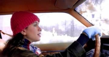 'Ironic': il grande successo 'grunge' di Alanis Morissette, compie 25 anni
