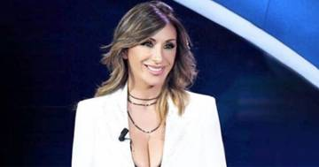 Sabrina Salerno: la sua foto Amarcord in jeans seduce i follower di Instagram