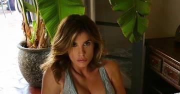 Elisabetta Canalis: la foto in intimo conquista i follower