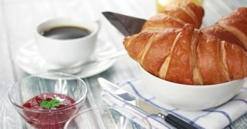 Sveglia alle 4 per preparare la colazione a medici e infermieri