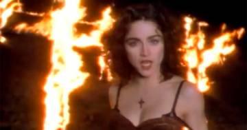 'Like a Prayer': compie 32 anni la canzone più amata (e controversa) di Madonna