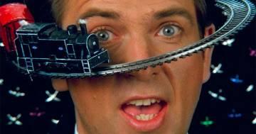 Peter Gabriel: compie 35 anni 'Sledgehammer'