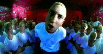 'The Real Slim Shady' di Eminem compie 21 anni