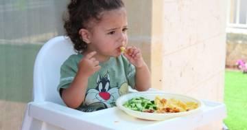 I vostri figli non mangiano le verdure? È meglio non forzarli, lo dice questo studio