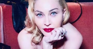 Madonna seminuda: la foto che scandalizza i fan