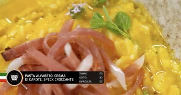 Pasta alfabeto, crema di carote, speck croccante - Alessandro Borghese Kitchen Sound - KIDS