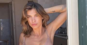 Elisabetta Canalis lascia tutti senza parole: la foto in intimo è irresistibile