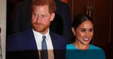 """Il principe Harry vorrebbe lasciare Meghan e tornare a casa: """"Si sente torturato'"""