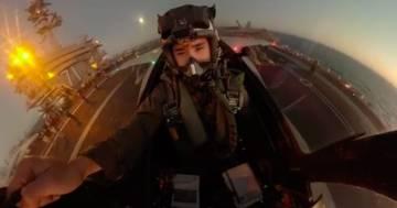 L'incredible video girato nella cabina di un caccia Super Hornet