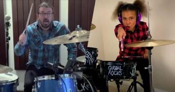 Dave Grohl dei Foo Fighters è stato battuto alla batteria da una bambina di 10 anni