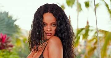 Rihanna è stupenda: le nuove foto in intimo fanno impazzire i fan di Instagram