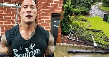 The Rock scardina il cancello di casa a mani nude: aveva fretta e non si apriva