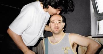 È morto Luciano Ghezzi, lo storico bassista di Ligabue: ecco il suo post su Instagram