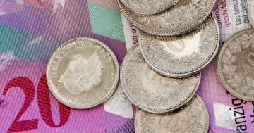 7500 franchi a fondo perduto per tutti i cittadini: l'iniziativa proposta in Svizzera