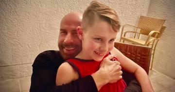 John Travolta e il primo compleanno del figlio Benjamin senza la mamma: i post sono commoventi