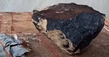 Meteorite cade vicino a casa sua: un collezionista glielo paga una fortuna