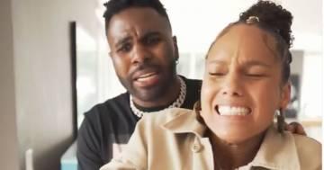 Jason Derulo rompe il dito ad Alicia Keys mentre suona il piano: il video fa il giro del mondo