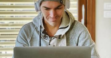 """Gabry Ponte torna a produrre musica dopo l'operazione: """"Direi che sono guarito"""""""