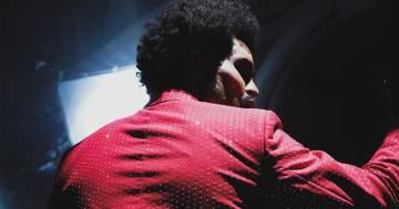 The Weeknd cambia faccia: le immagini stupiscono i fan
