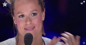 L'esibizione di Giorgia Greco è emozionante: Federica Pellegrini si commuove