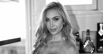 Laura Cremaschi è mozzafiato, le nuove foto in bikini fanno innamorare i follower