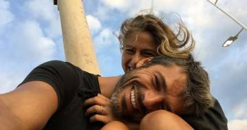 Luca Argentero si veste da avocado per Cristina Marino: la foto è dolcissima