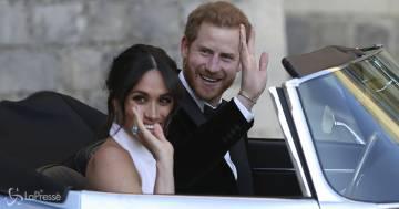 Secondo figlio in arrivo per Meghan e Harry: l'annuncio ufficiale e la prima foto con il pancione