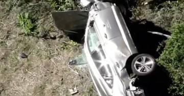 Tiger Woods: le prime immagini della macchina dopo lo schianto