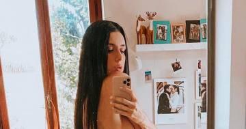 Sensuale e bellissima, la foto in topless di Valentina Vignali scatena i fan