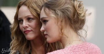 Il post che mette a confronto la mamma star con la figlia conquista Instagram
