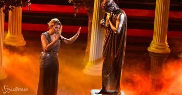 Sanremo 2021: la performance di Achille Lauro insieme a Emma Marrone e Monica Guerritore