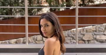 """Sara Arfaoui è stupenda: la professoressa de """"L'eredità"""" conquista tutti"""