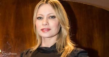 Anna Falchi cambia look: è irriconoscibile