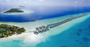 Inaugurato il ristorante sott'acqua di Andrea Berton: è alle Maldive